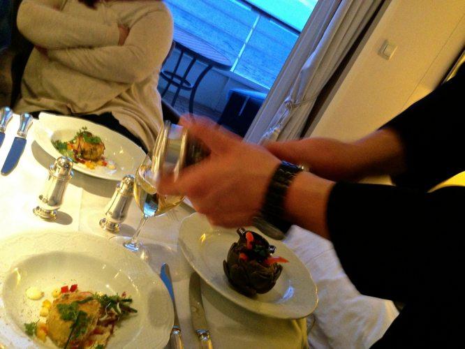 Room Serv Dinner - 11