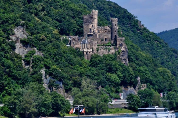 Along the Scenic Rhine - 051