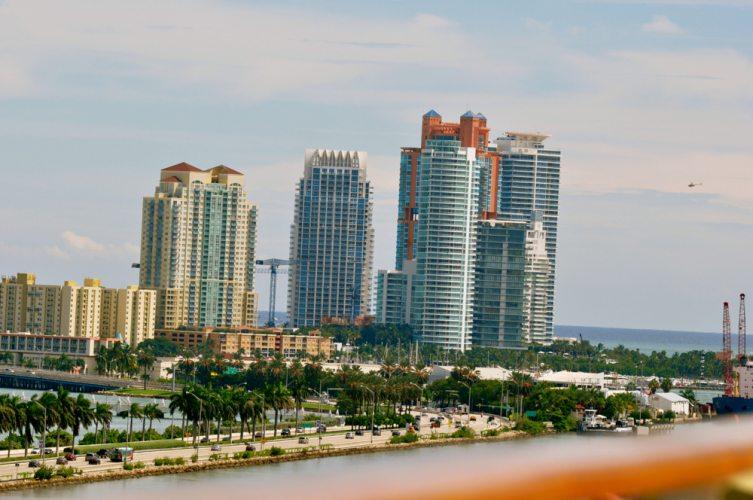 Miami  + Carnival Breeze - 136
