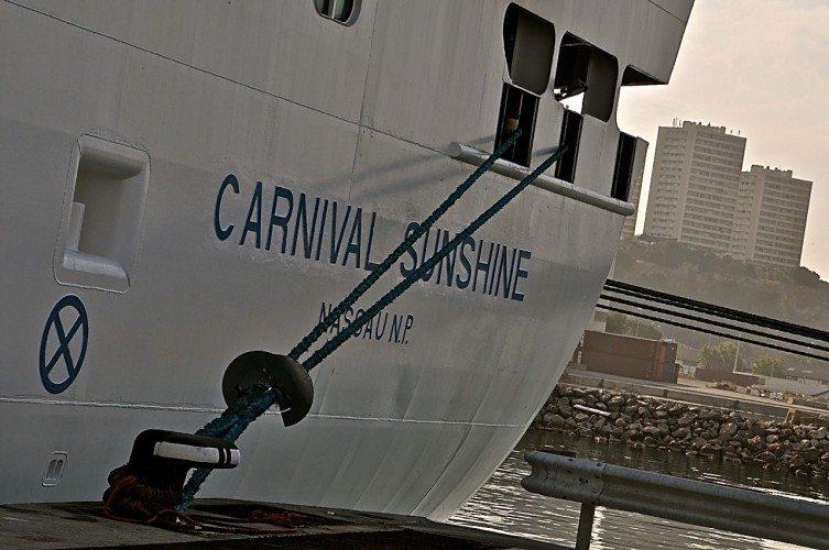Sunshine- Ship Shots - 068