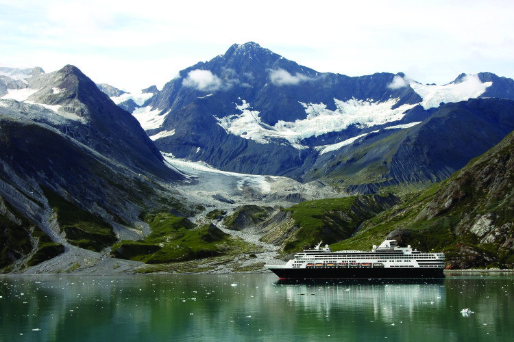 ms Veendam in Glacier Bay