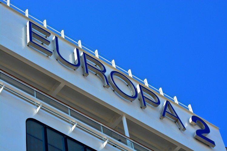 Europa 2 Exterior - 001