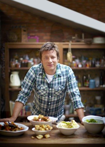 1395331187_RCI-QN-Dining-Chef-Jamie-Oliver