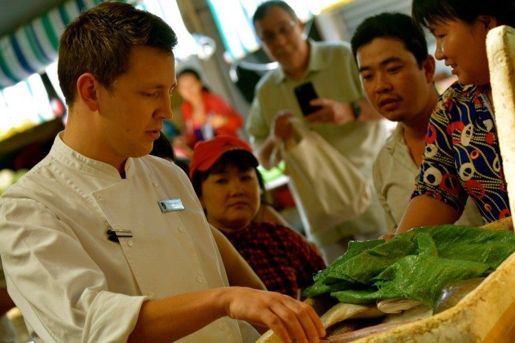 Saigon Shopping With The Chefs - 055