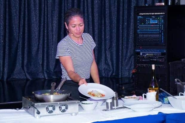 A_Maria_Hines_cooking_10