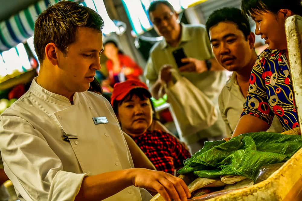 Saigon Shopping With The Chefs – 055