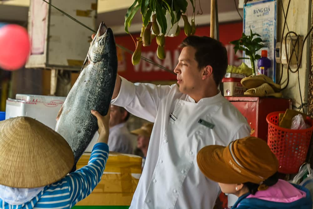 Saigon Shopping With The Chefs – 111