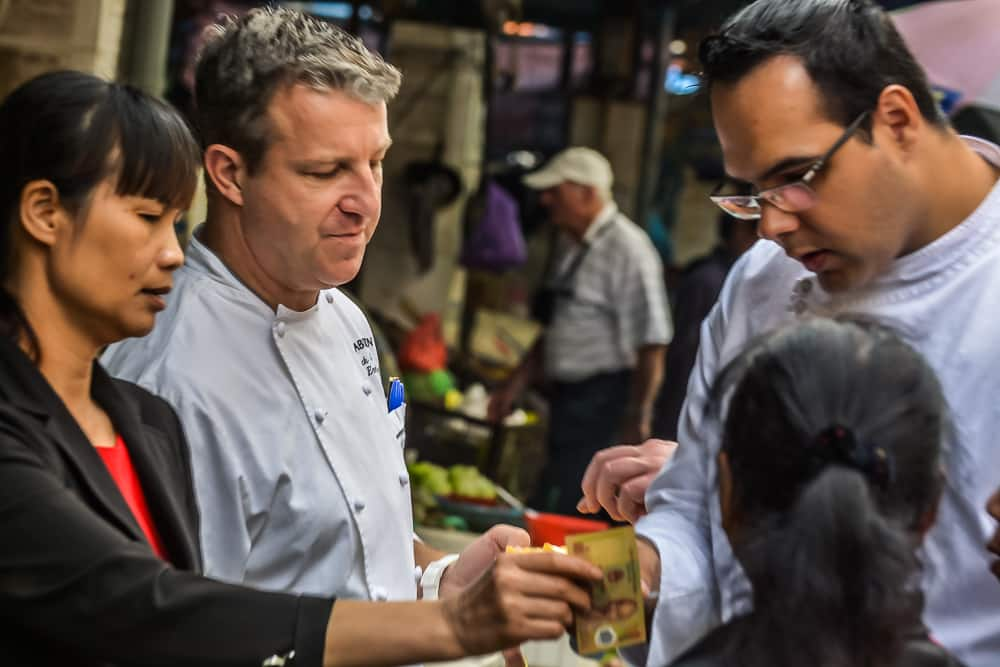 Shopping With The Chefs In Vietnam – 110