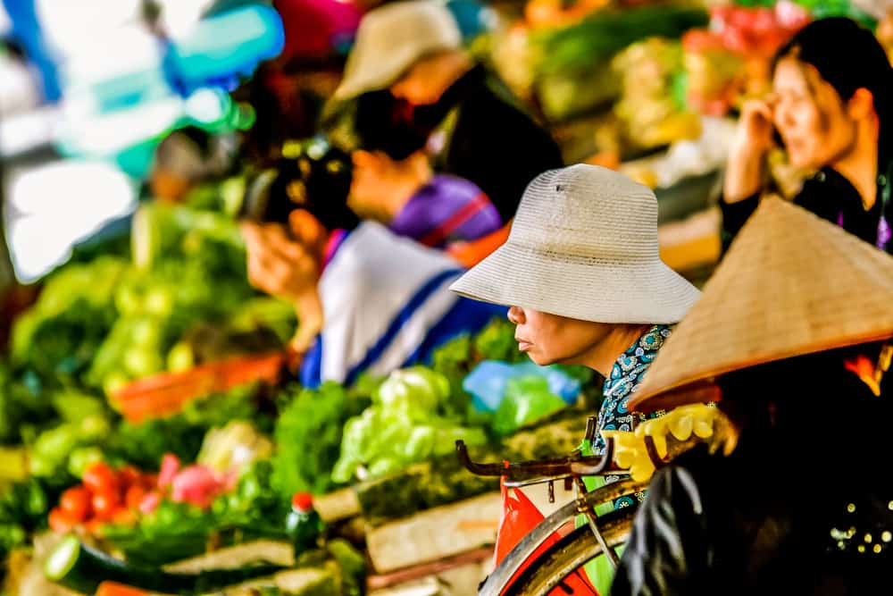 Shopping With The Chefs In Vietnam – 199