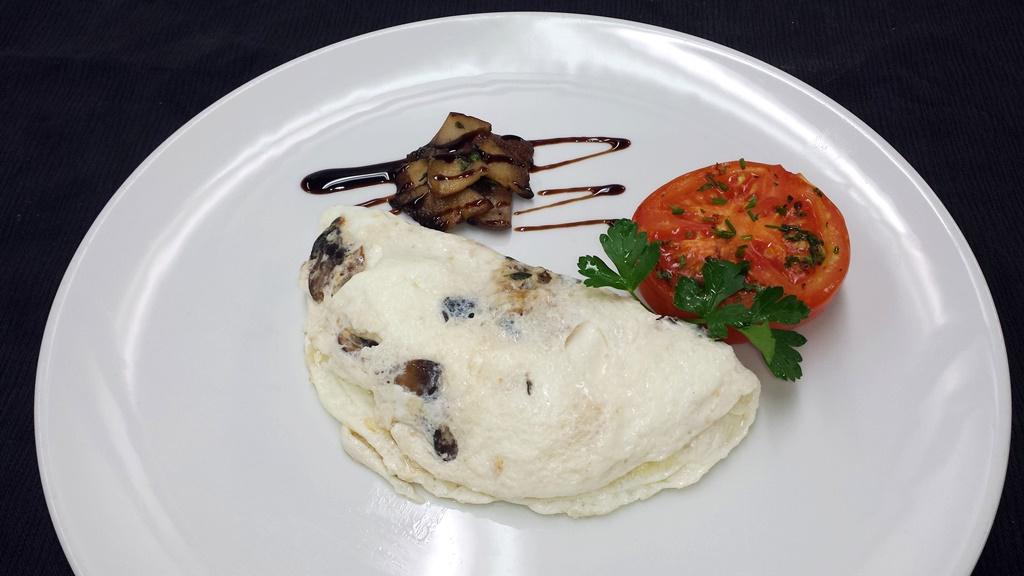 14 Egg White Omelet – Balsamic grilled Portabella Mushroom, Goat Cheese