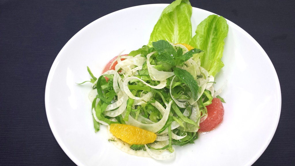 4 Mediterranean Fennel-and-Citrus Salad with Mint, Lemon-Olive Oil and Honey Dressing