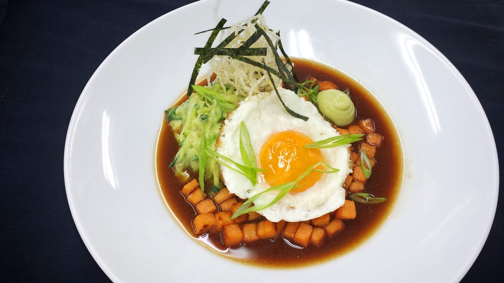 5 Japanese Zucchini Noodle Breakfast Bowl with Fried Egg
